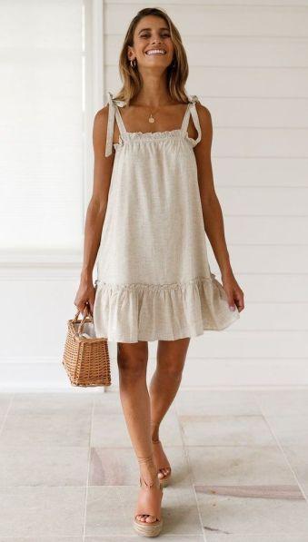 https://beachsidebunny.com/products/caris-dress?_pos=1&_sid=7bd773ea1&_ss=r&utm_source=Pinterest&utm_medium=Social